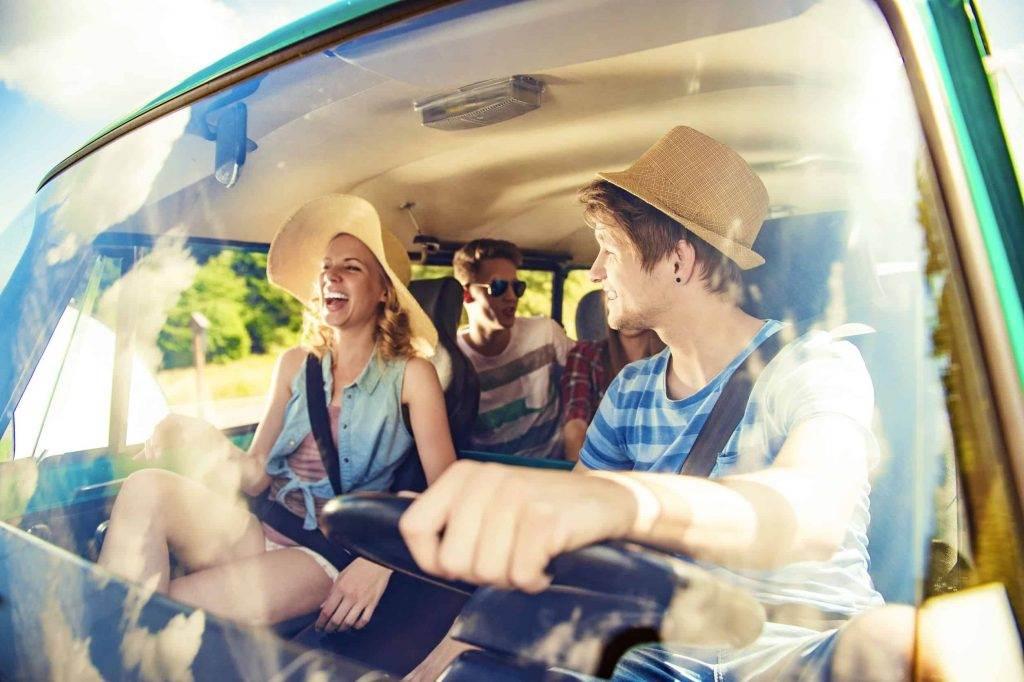 ¿Cuántas personas pueden conducir una furgoneta de alquiler?