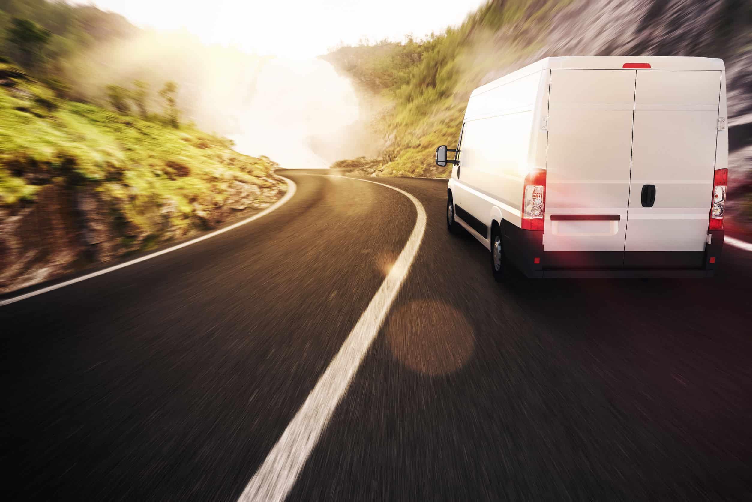 ¿Cuál es la velocidad máxima para circular con una furgoneta?