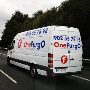 5 consejos para conducir una furgoneta de carga en Málaga
